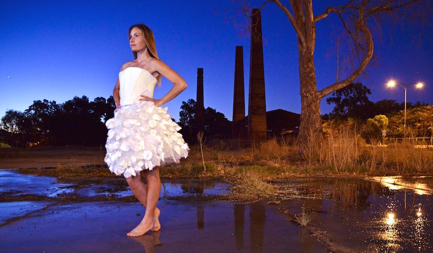 Voici une robe faite à partir de bactéries de bière