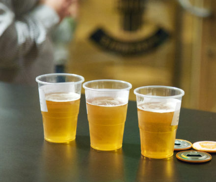 Pourquoi la bière donne-t-elle autant envie de faire pipi ?