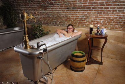 Des bains de bière à l'hôtel Chodova, en République Tchèque