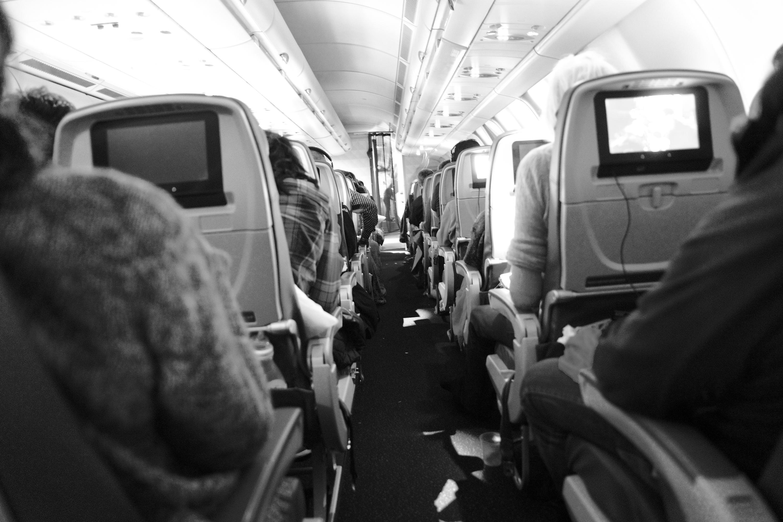avion bière valise