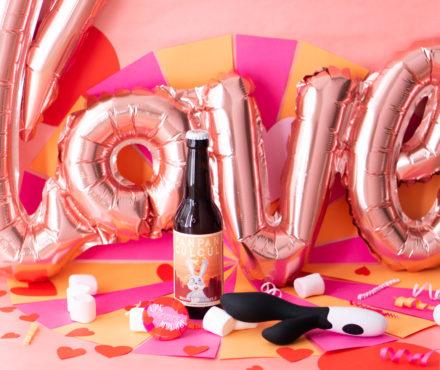 Saint-Valentin : une box cadeau pour couple, où bières et sextoys font bon ménage !