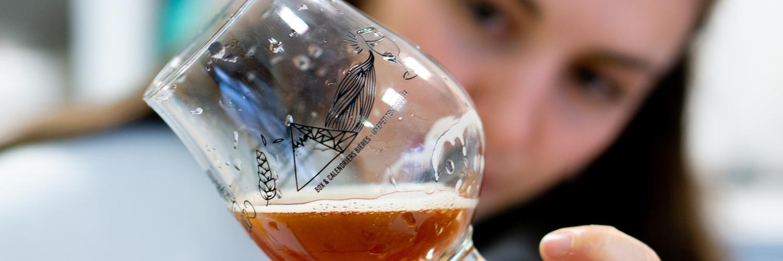 Comment déguster une bière comme un·e pro ?